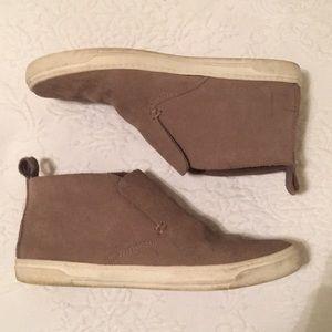 DV suede-like sneakers.